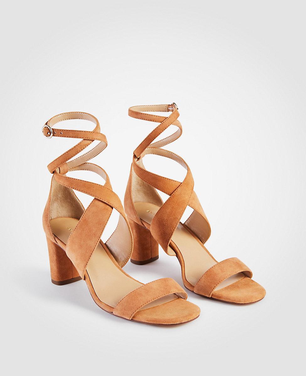 ANN TAYLOR Corrine Leather Block Heel Sandals oUpTWmnS
