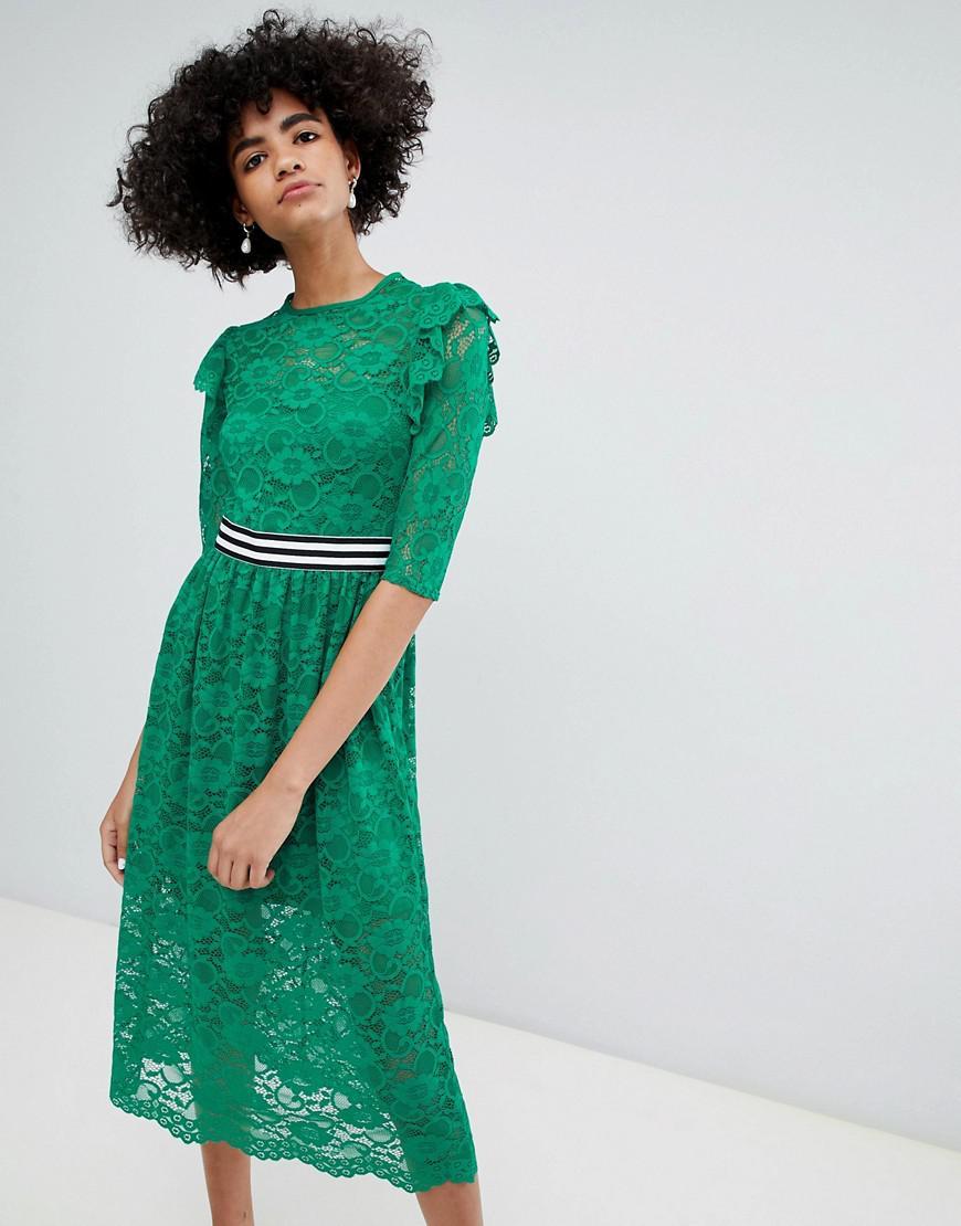 974f2bf6c58 ASOS - Green Robe mi-longue en dentelle avec bordures contrastantes style  sport - Lyst