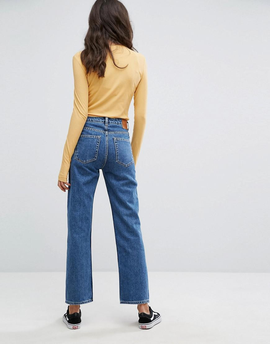 e25fc5187a42f4 Weekday Voyage Mid Rise Crop Mom Jean in Blue - Lyst