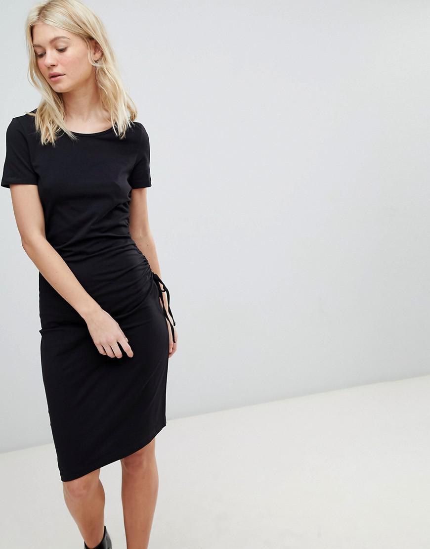 8097ae801b392 Lyst - Vero Moda Gathered Side Midi Dress in Black