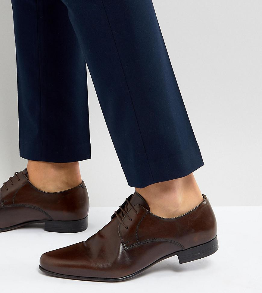 Asos Coupe Large Chaussures Oxford En Cuir Marron Avec Panneau Gaufré - Brun lUZOr3DM