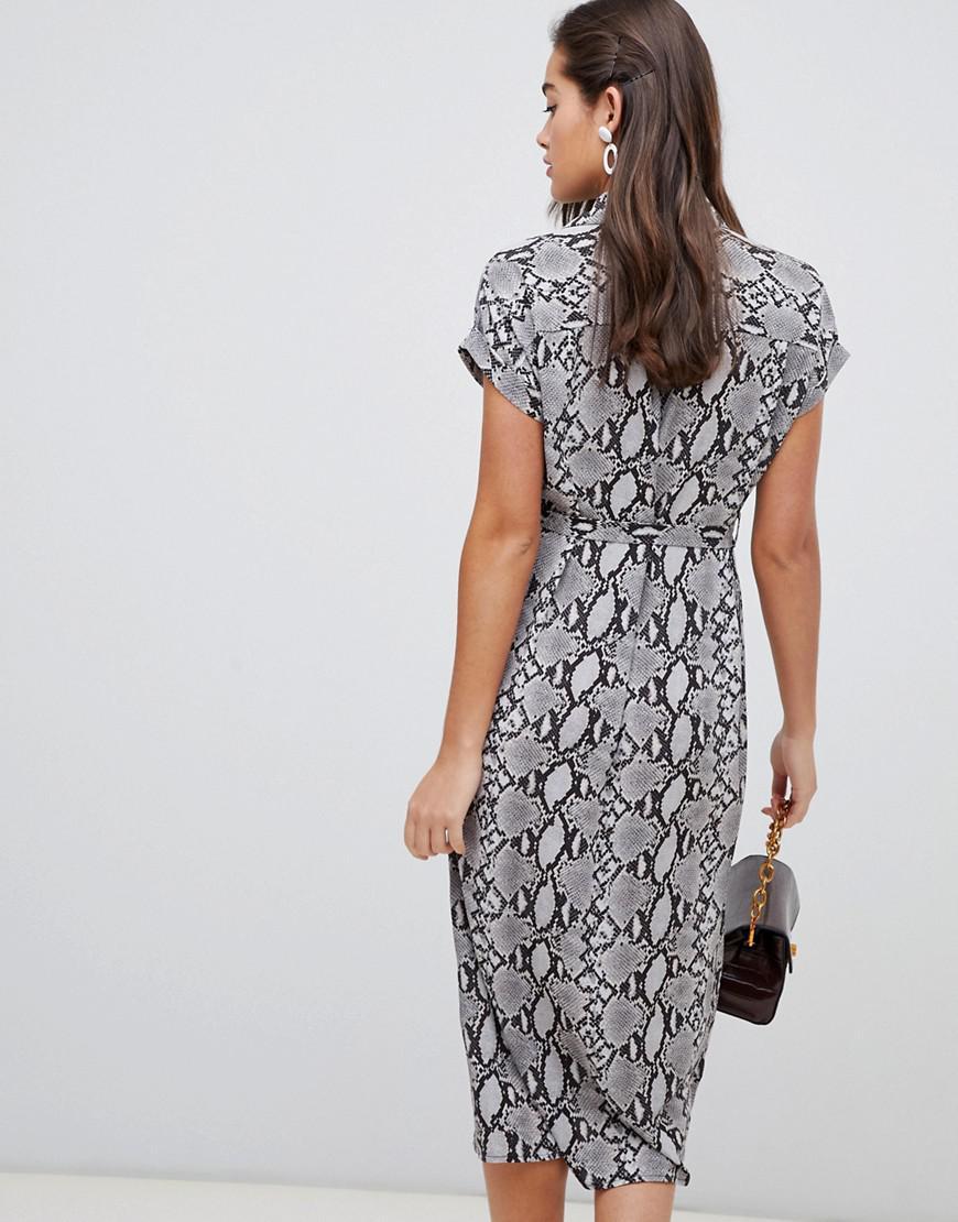 814072320e7b4 Lyst - New Look Animal Print Midi Shirt Dress In Gray Pattern in Gray