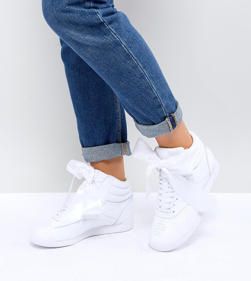 9969b949428552 Reebok Classic Freestyle Hi Satin Bow Sneakers In White in White - Lyst