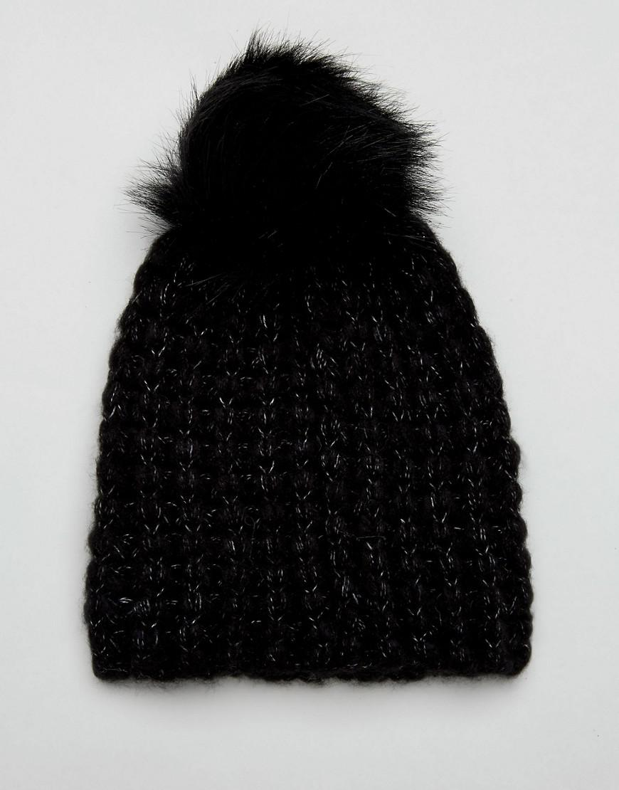 Triple Pom Beanie in Black - Black Urban Code n8rIxm