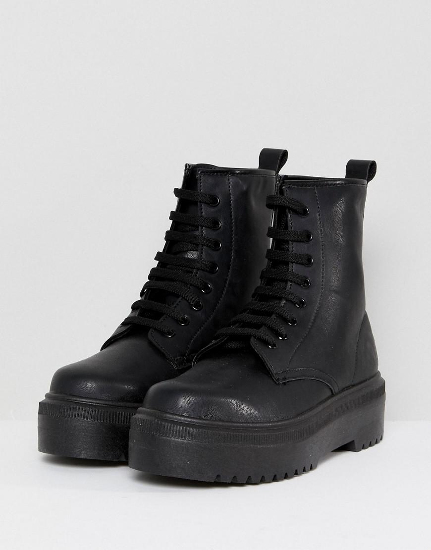 a7cbdebce4f5 ASOS Attitude Chunky Lace Up Boots in Black - Lyst