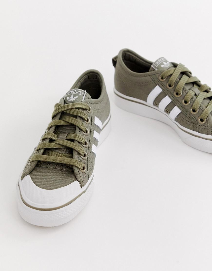 various colors 3564e 61ebb adidas Originals Khaki And White Nizza Sneakers in Green - Lyst