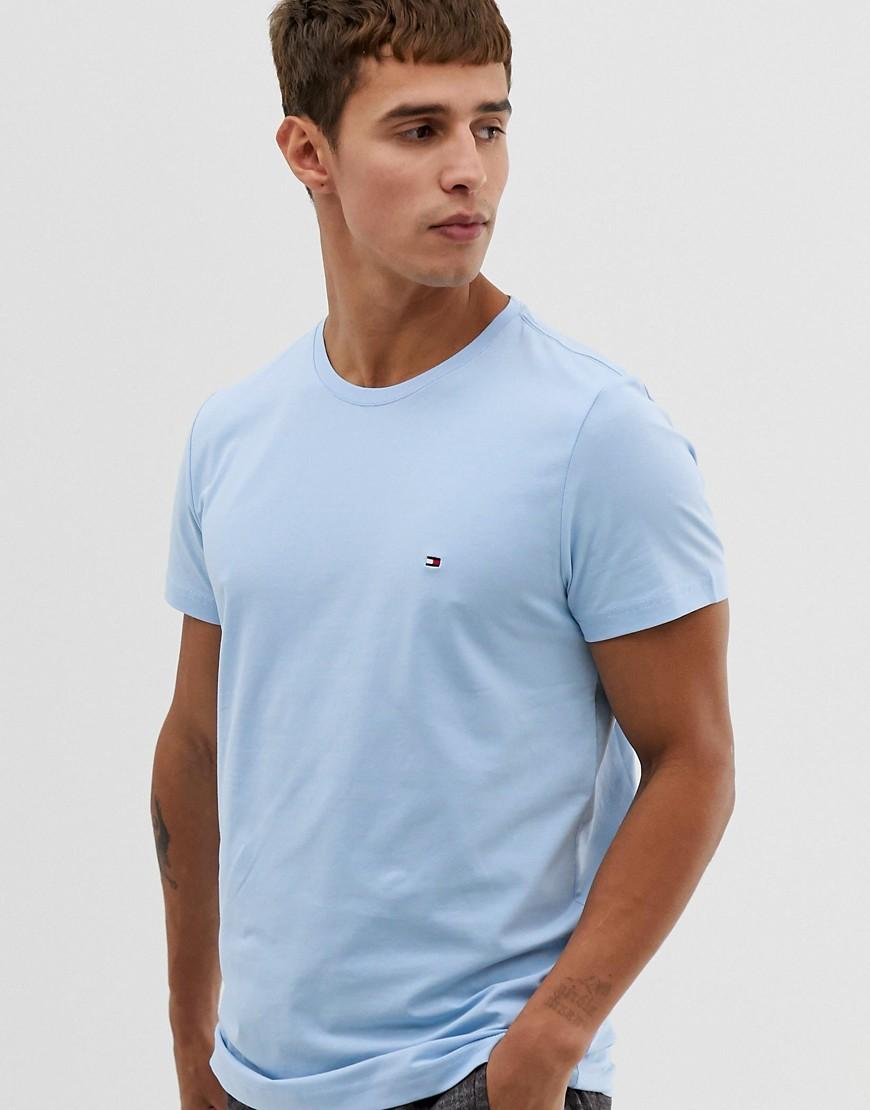7265139d Tommy Hilfiger T-shirt With Pique Icon Flag Logo In Pastel Blue in ...