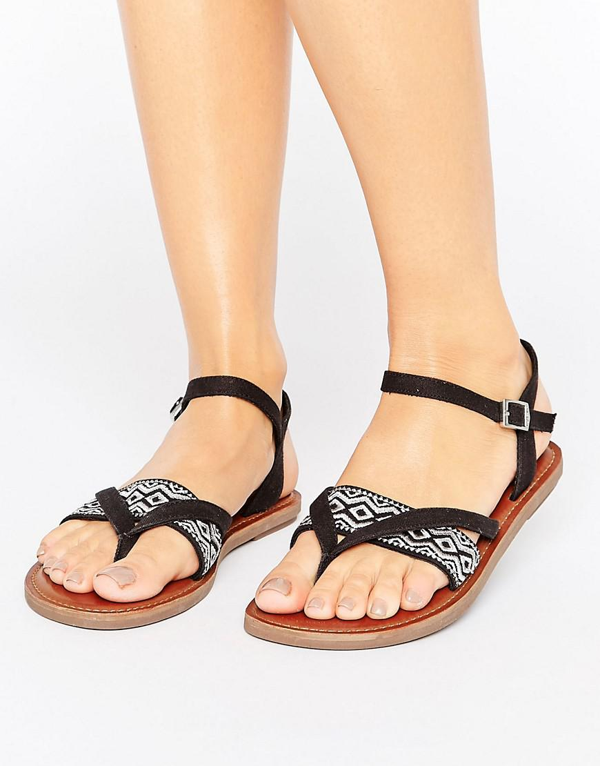 7f15ebd3c83 TOMS Lexie Black Embroidered Flat Sandals in Black - Lyst