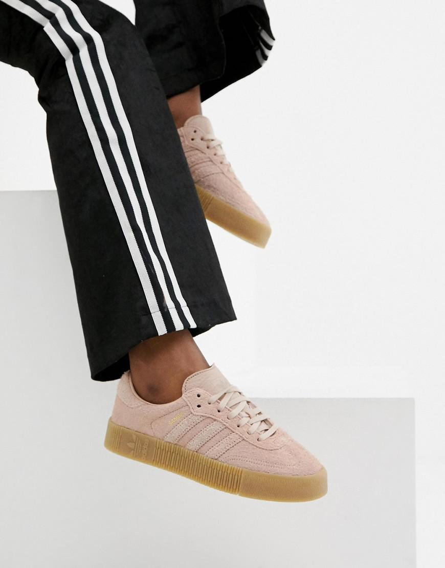 low priced 6cc81 6bebf adidas Originals Samba Rose Sneakers In Pink With Gum Sole - Lyst