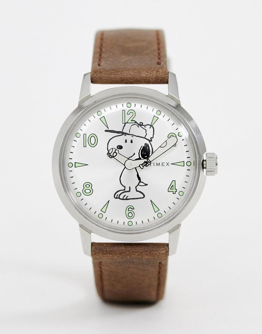 960b905248d7 Reloj de cuero de 40 mm en marrn Welton de x Snoopy Timex de hombre ...