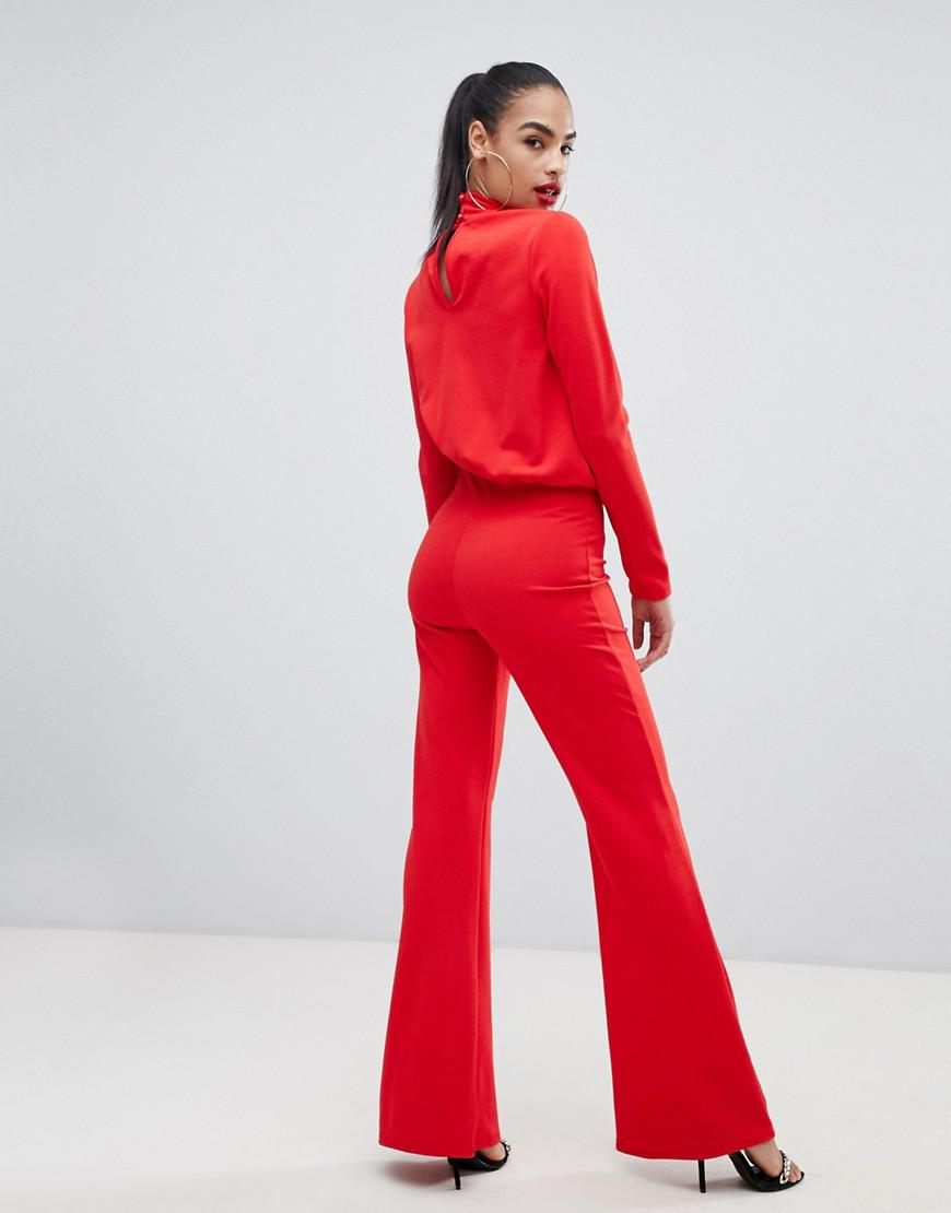 aeed4c38b6bb Lyst - PrettyLittleThing Keyhole Cut Out Jumpsuit In Red in Red