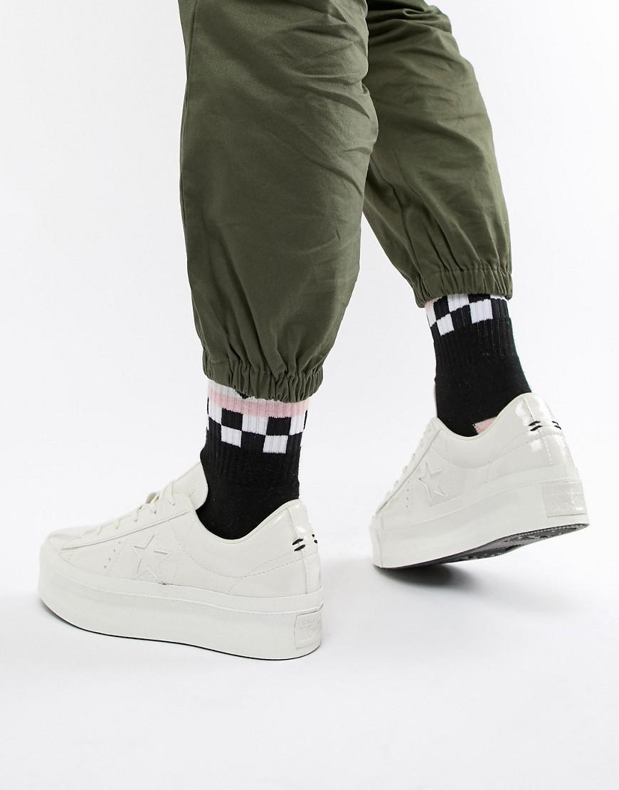 fd7db858dbf Converse One Star Platform Ox Vintage White Sneakers in White - Lyst
