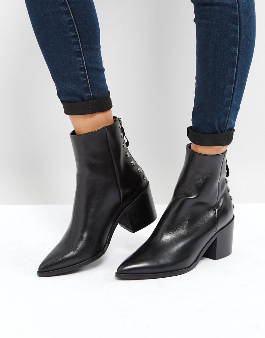 Carvela Kurt Geiger. Women's Black Slight Zip Up Back Heeled Ankle Boots