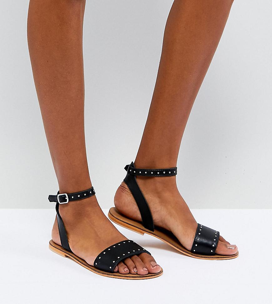 DESIGN Freja Leather Wide Fit Studded Flat Sandals - Black Asos 82gSU7