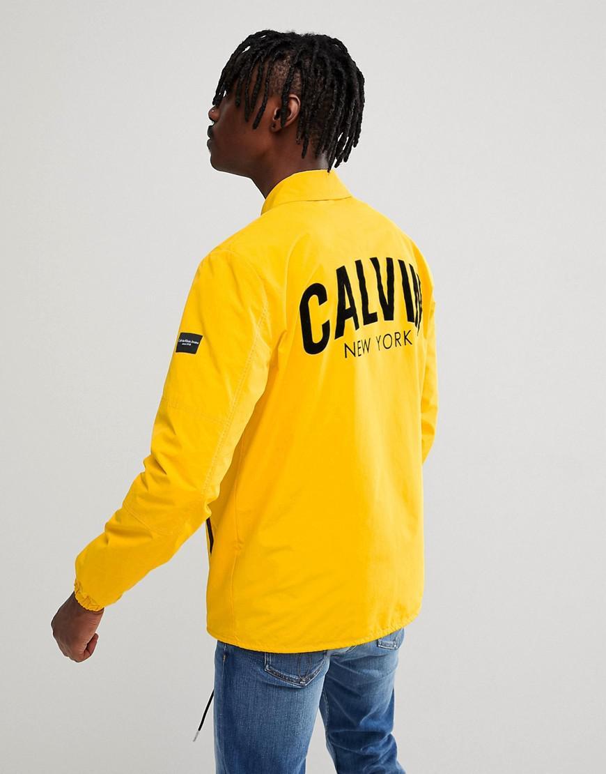 Lyst - Veste d entraîneur avec imprimé Calvin au dos Calvin Klein ... 2086f758a0d