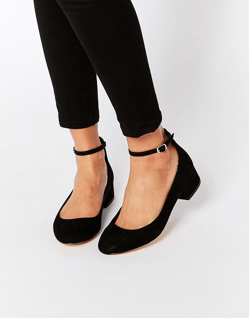 Blink Ankle Strap Low Heeled Ballerina Shoes in Black