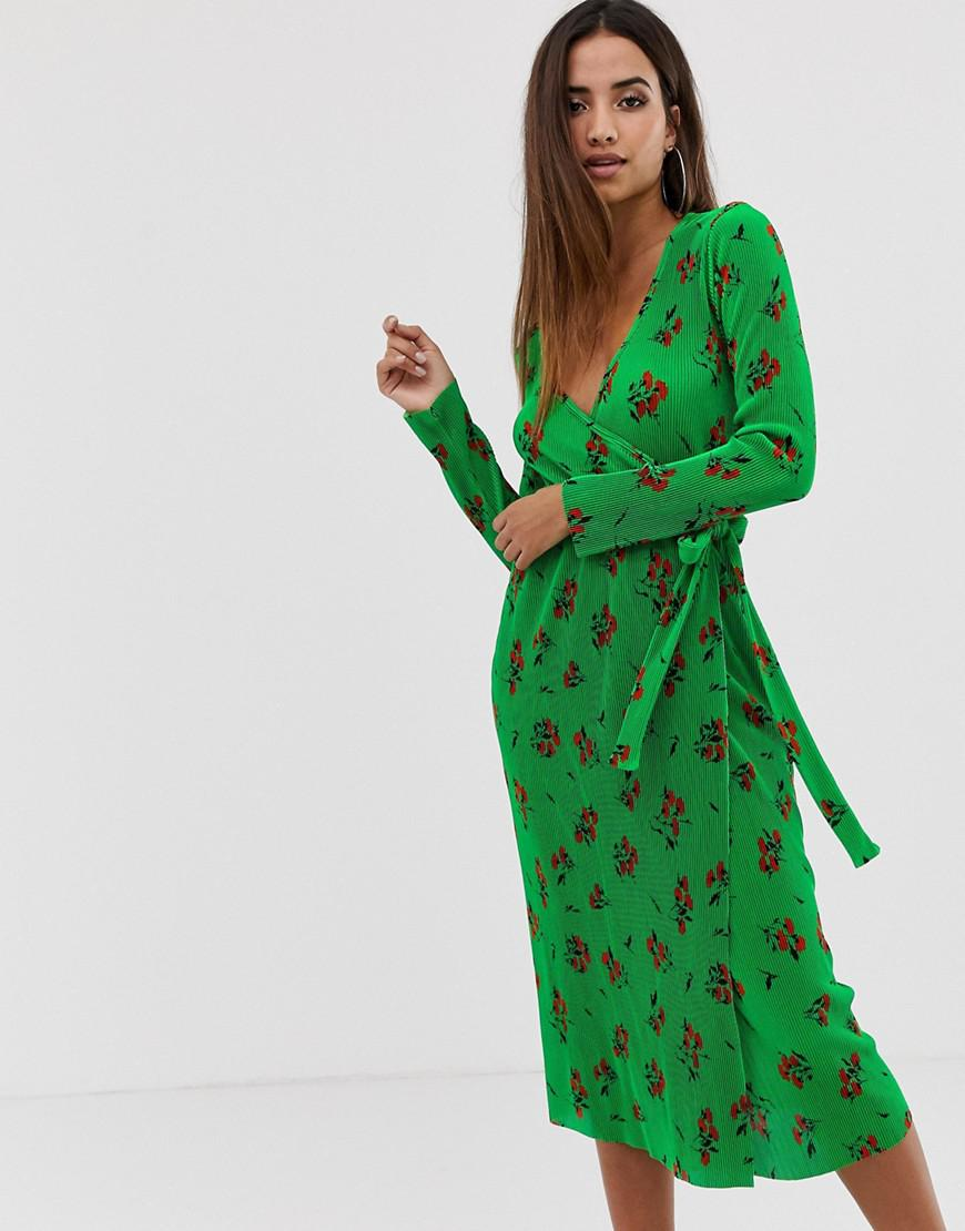 5c9e99846e348 Lyst - ASOS Midi Plisse Wrap Dress In Green Based Floral in Green
