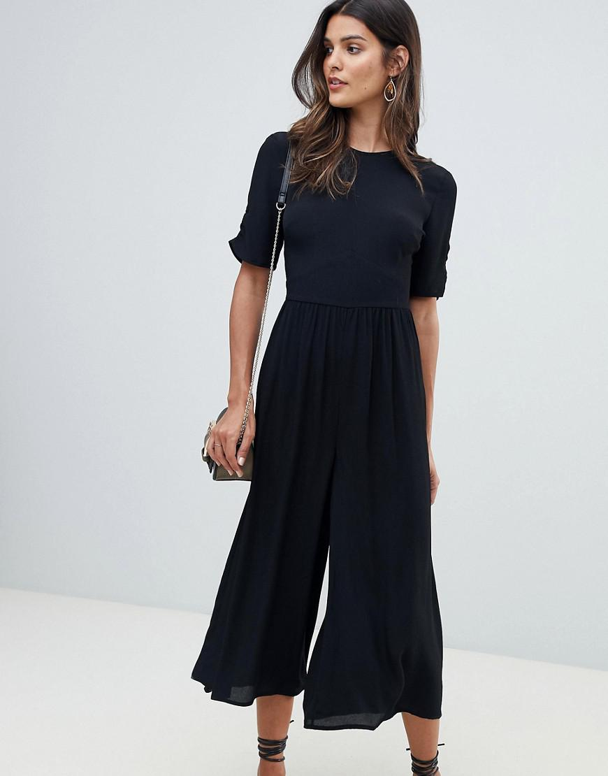 b0e2110b64e Lyst - ASOS Tea Jumpsuit With Ruched Sleeve Detail in Black