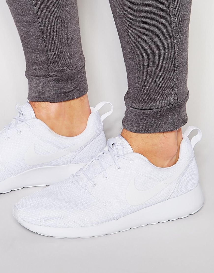 buy popular 97ffb 2eafe Nike Roshe One Trainers 511881-112 in White - Lyst