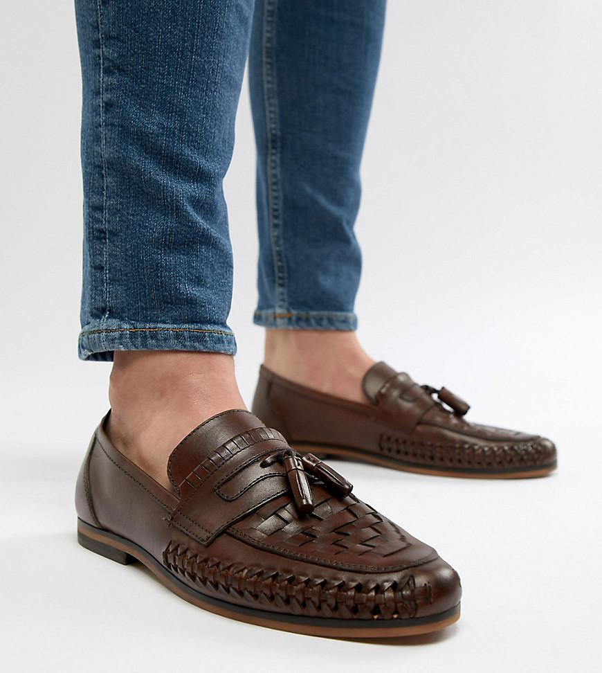 ASOS DESIGN Wide Fit loafers in leather with tassel nJmyPjL