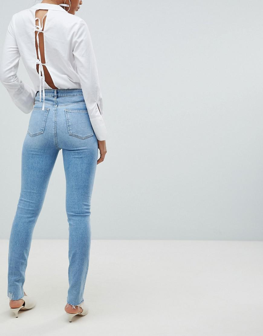 5cd07d26afe830 asos-blue-Asos-Design -Tall-Farleigh-High-Waist-Slim-Mom-Jeans-In-Light-Vintage-Wash-With-Busted-Knee-And-Rip-Repair-Detail.jpeg