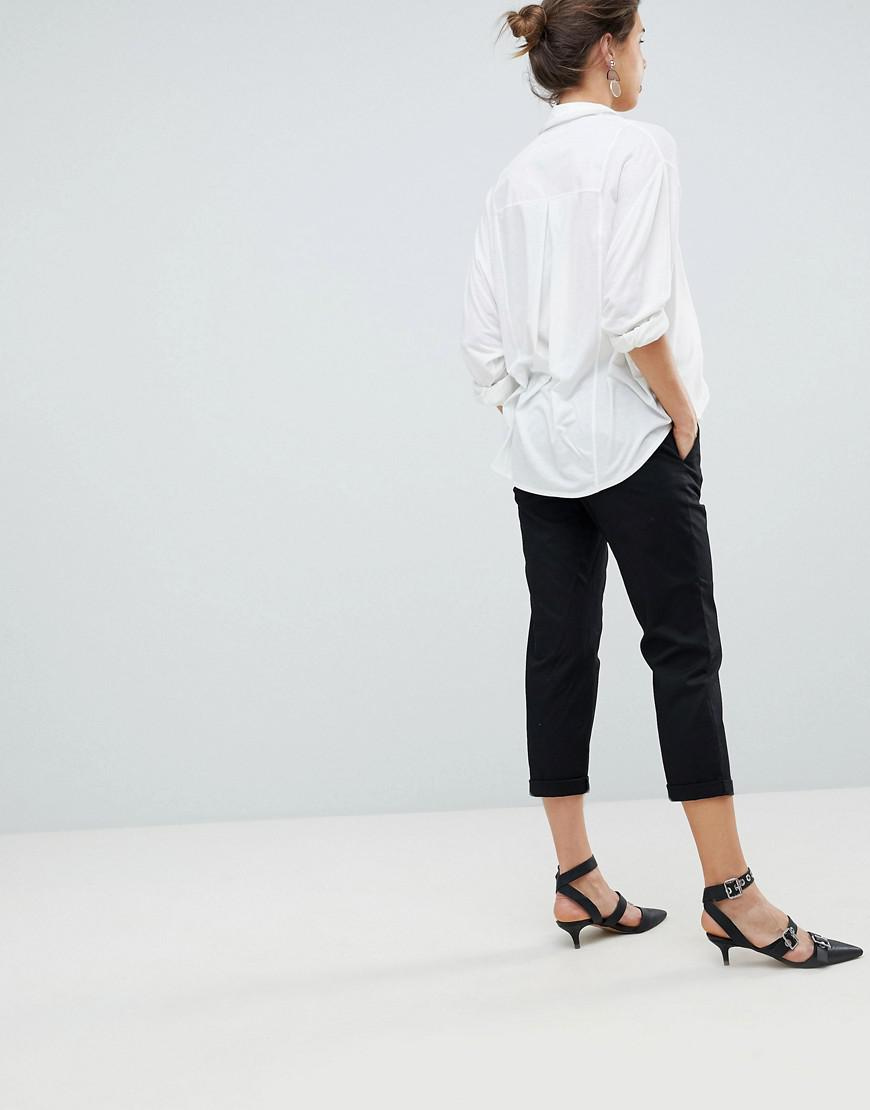 5d5574ae784b8 ASOS Asos Design Maternity Chino Pants In Black With Under The Bump  Waistband in Black - Lyst