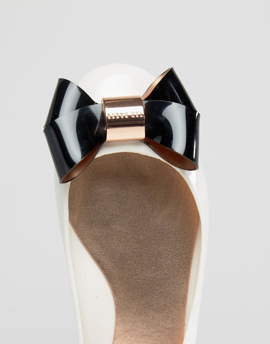 096a13297c23 Lyst - Ted Baker Cream black Faiyte Bow Jelly Shoes in Natural