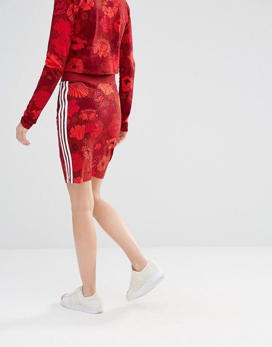 a81965244 adidas Originals Originals Floral Three Stripe Skirt in Red - Lyst