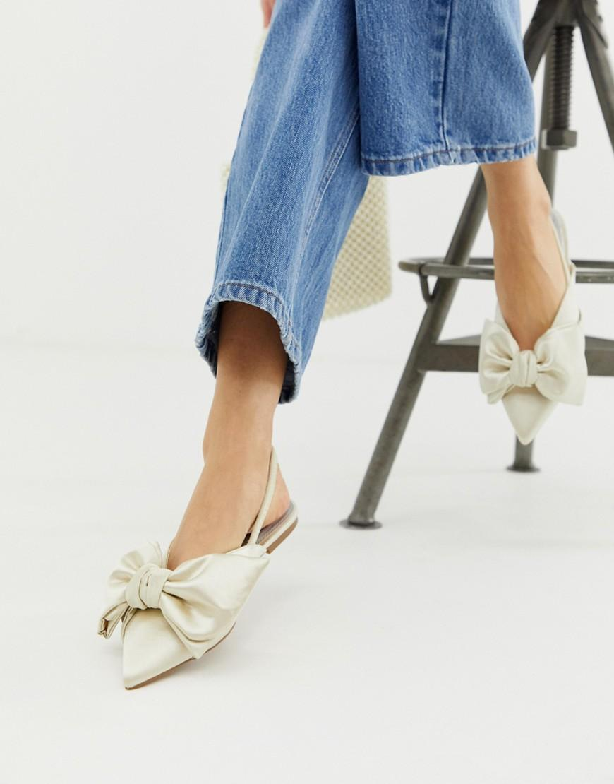a9a307bb6318 Lyst - ASOS Lips Bow Slingback Ballet Flats In Ivory