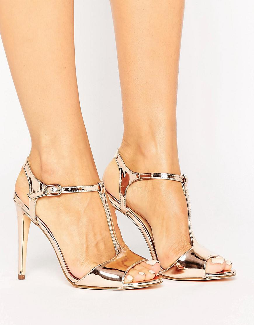 New Look Metallic T-Bar Sandal vIakJrts