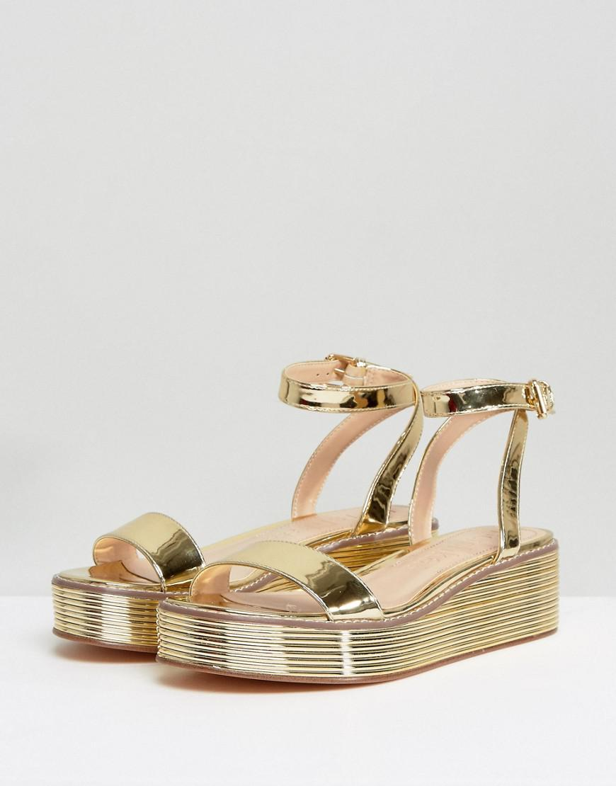 07fab01dce30 Bershka Metallic Strap Flatform Sandal in Metallic - Lyst