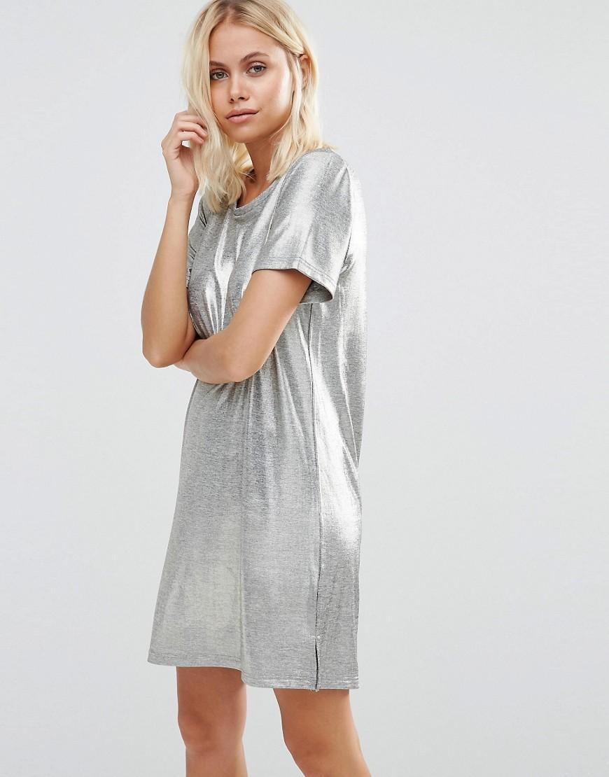 6ee4718a719f Vila Metallic T-shirt Dress in Metallic - Lyst