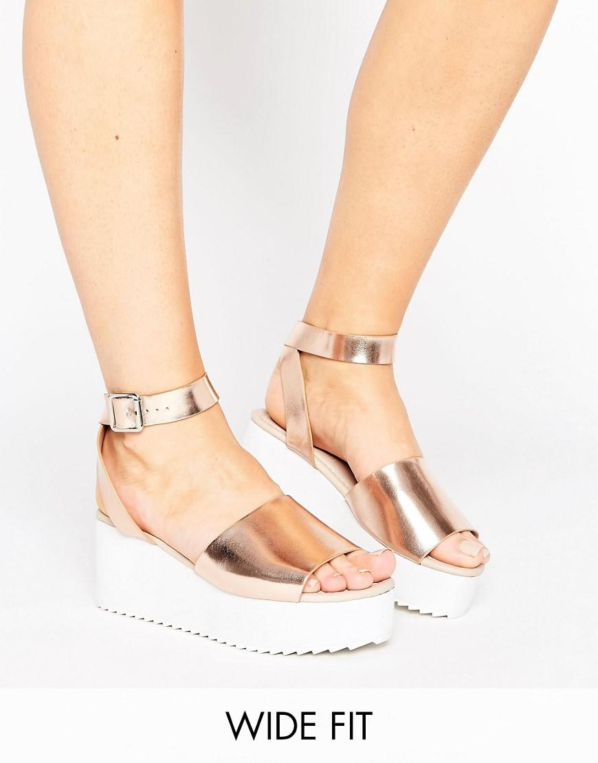 5fc31867a01 Lyst - ASOS Take Off Wide Fit Flatform Sandals in Metallic