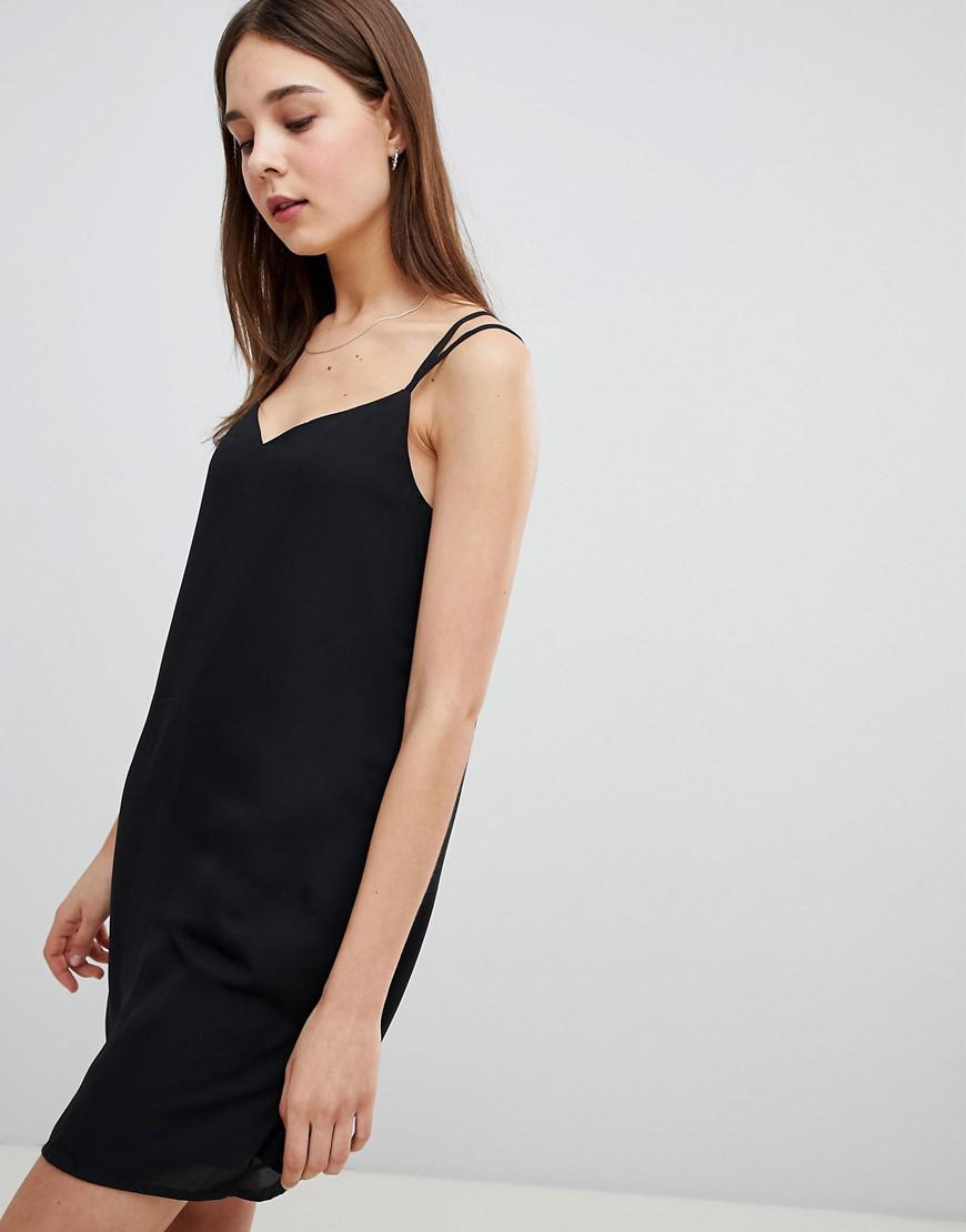 1beb24325d Lyst - Robe caraco dos crois Pimkie en coloris Noir