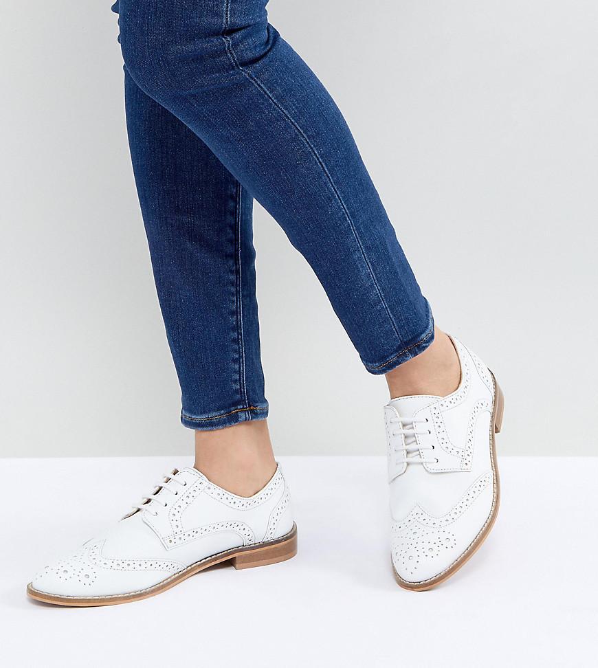 093e8f47421 Lyst - Zapatos Oxford de cuero MOJITO de ASOS ASOS de color Blanco