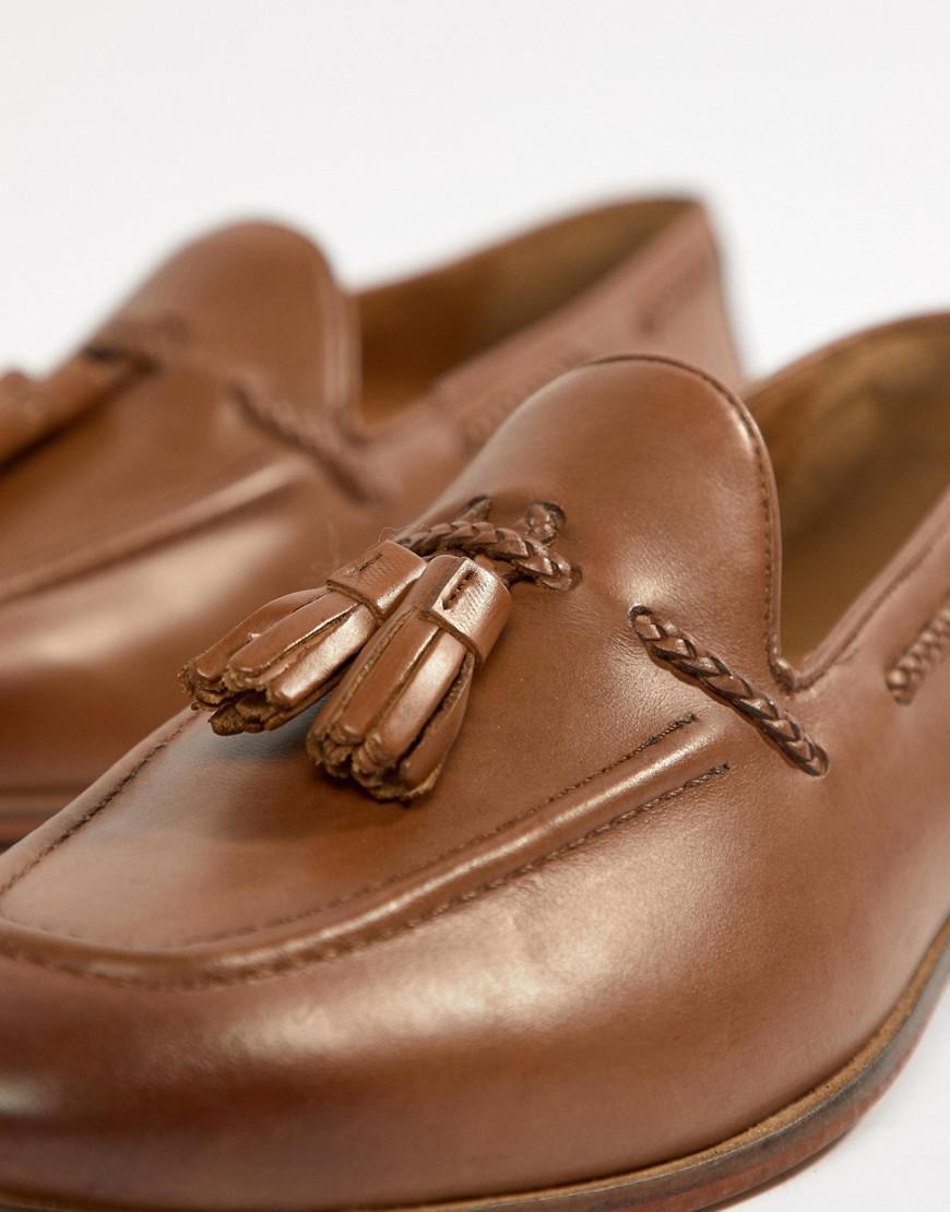 Kg By Kurt Geiger Wide Fit Rochford Tassel Loafers - Tan Kurt Geiger Best Cheap Online The Cheapest For Sale Discount Popular Genuine Online Brand New Unisex Sale Online bG277