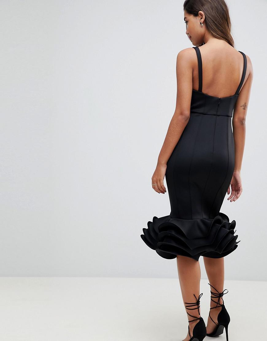 Lyst - Robe mi-longue avec basques volantes et bonnets prforms Asos en  coloris Noir d6f7f390d72