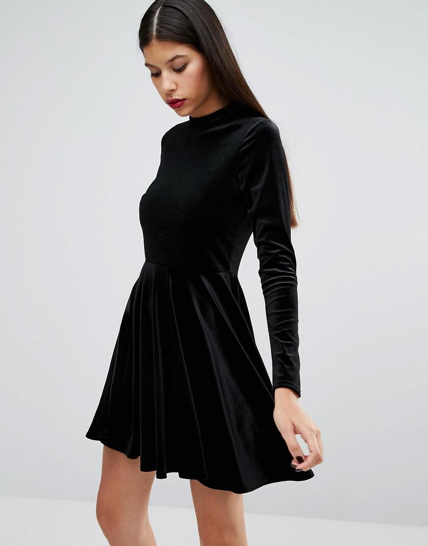 0196998f607f Lyst - Boohoo Velvet Open Back Skater Dress in Black