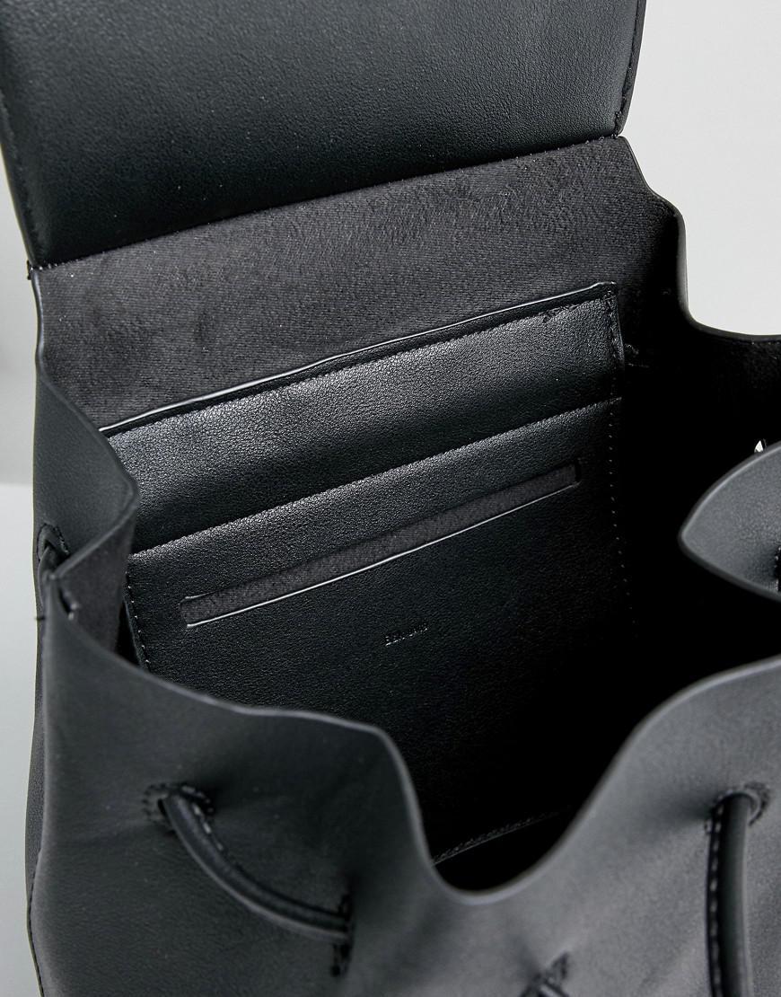 Western Detail Backpack With Drawstring - Black Bershka 3pIHUmDyW
