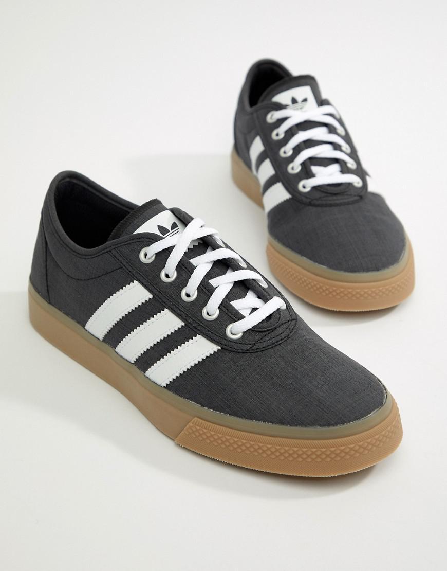 size 40 0c8a5 0e758 adidas Originals. Men s Adi-ease Trainers ...