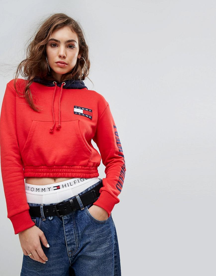 großer Rabattverkauf High Fashion gute Qualität Tommy Hilfiger Red Tommy Jeans 90s Capsule Contrast Crop Hoodie