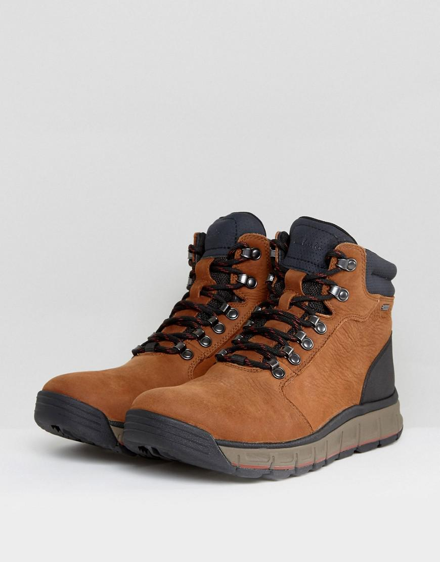 Clarks Edlund Lo Hiking Boots - Tan Clarks 0C9tro