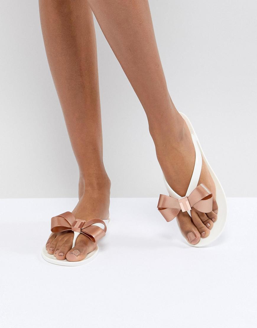5efc016b0 Ted Baker Suszie White Flip Flops in White - Lyst