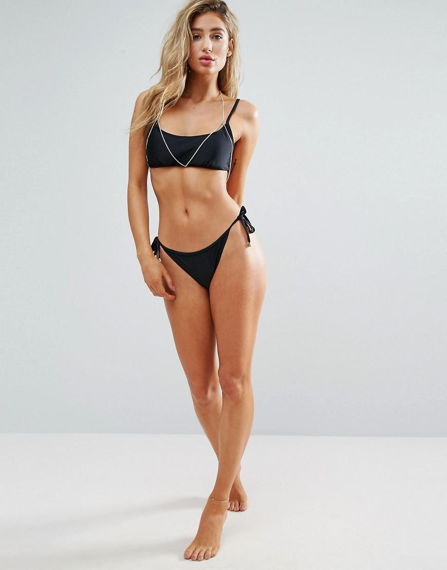 photo Lost bikini
