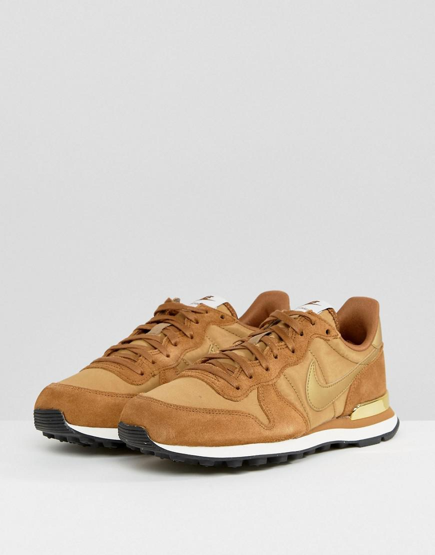 Internationalist Trainers In Mushroom With Metallic Trim - Brown Nike hMroo