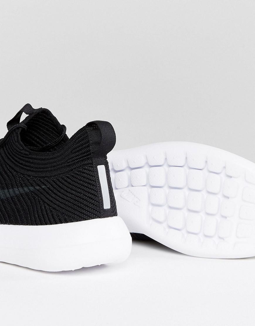 767a4e050151e Nike Roshe Two Flyknit Trainers In Black 918263-002 in Black - Lyst