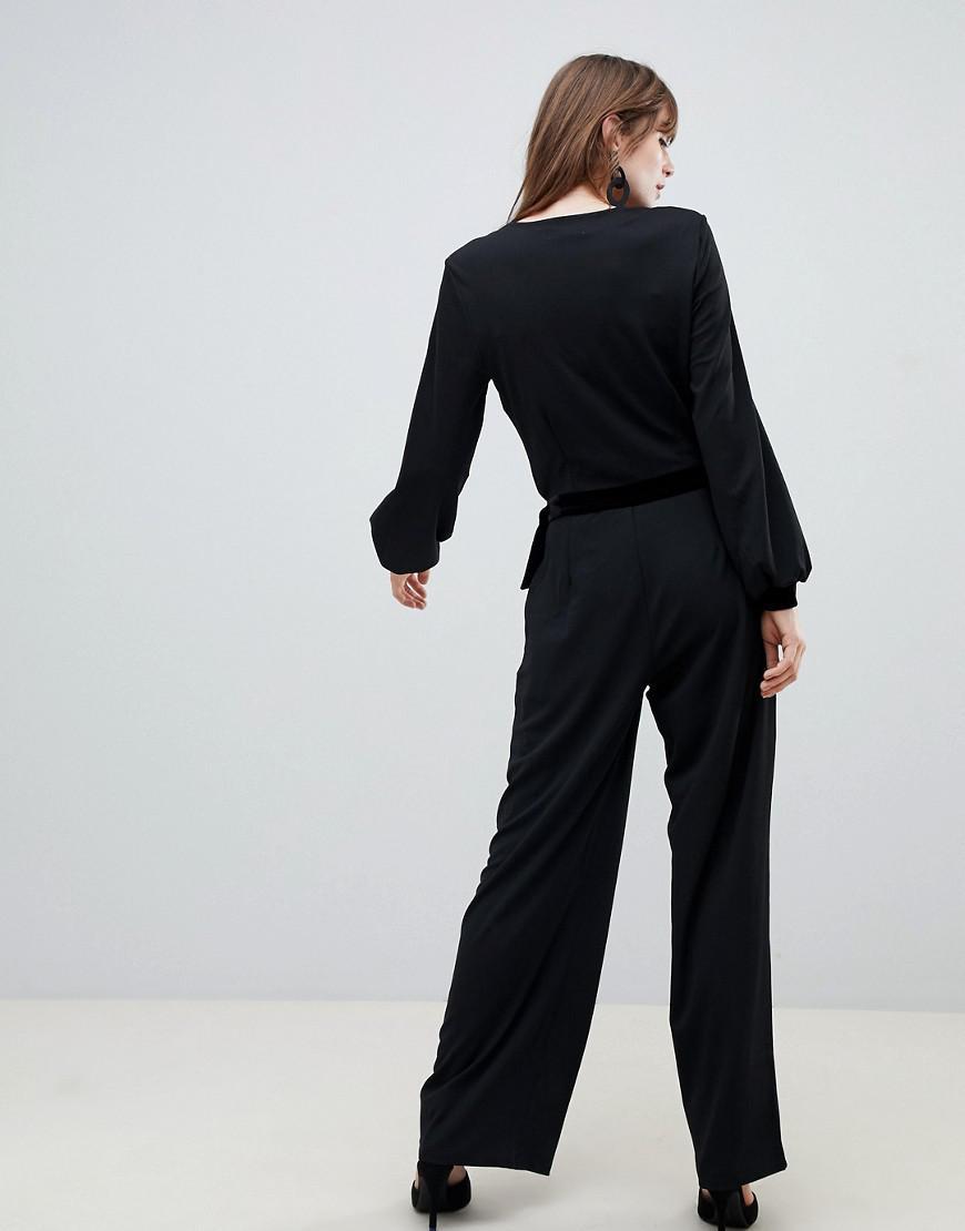 0a6790ee8b0 Pieces Kloe Luxe Wrap Jumpsuit in Black - Lyst