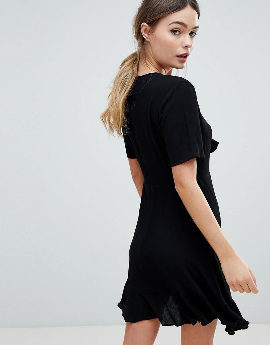 2501b5dff033e ASOS Crinkle Mini Skater Dress With Front Tie in Black - Lyst