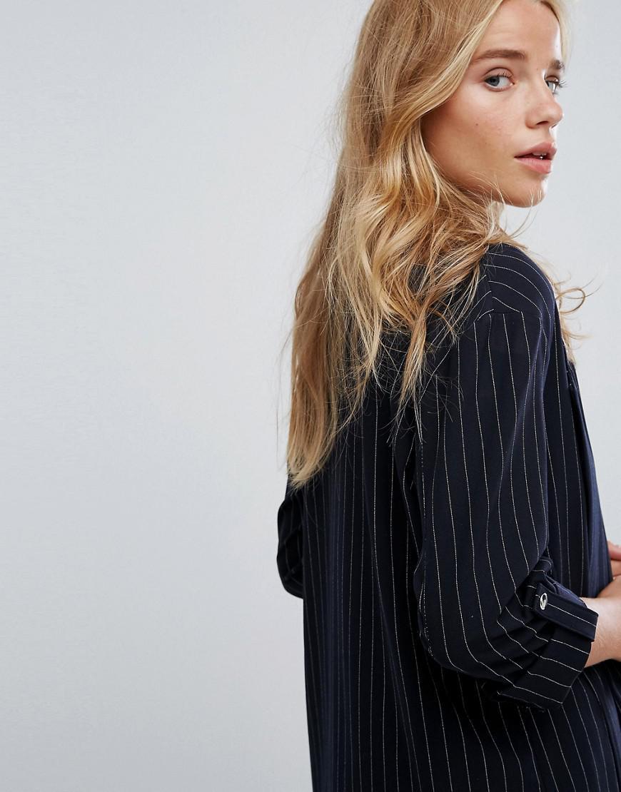 13d201973ca6d Bershka Pin Stripe Tailored Blazer in Blue - Lyst