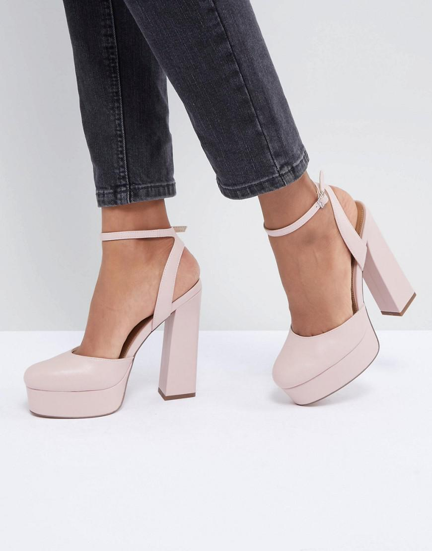 DESIGN Subtle Pointed Heels - Nude Asos